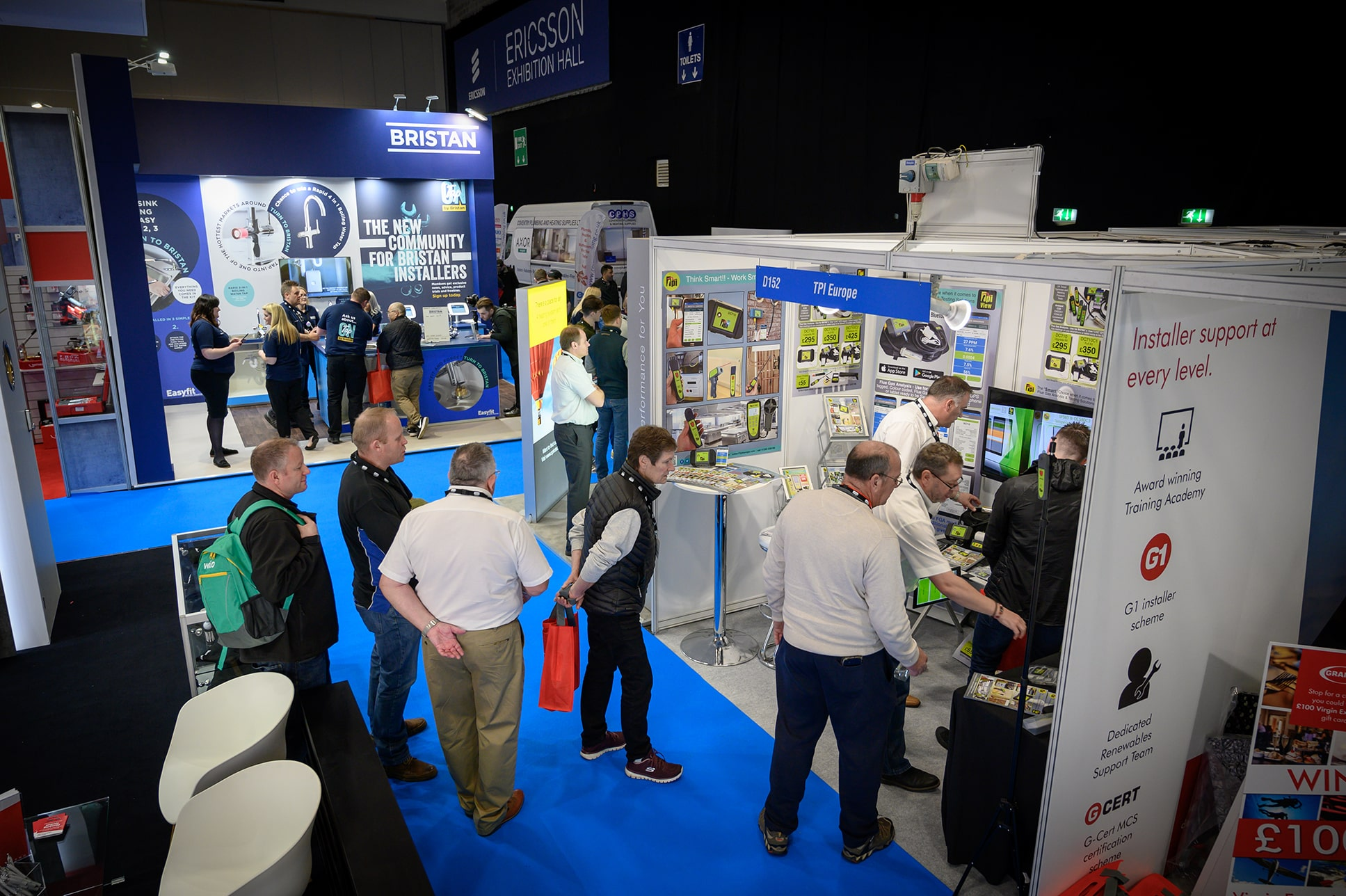 Former England football star to speak at national trade show in Coventry - EN - Exhibition News